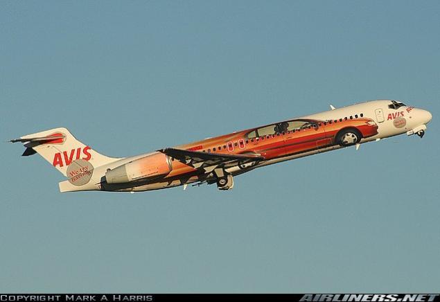 صور لطائرات مرسوم عليها رسوم متحركة A10