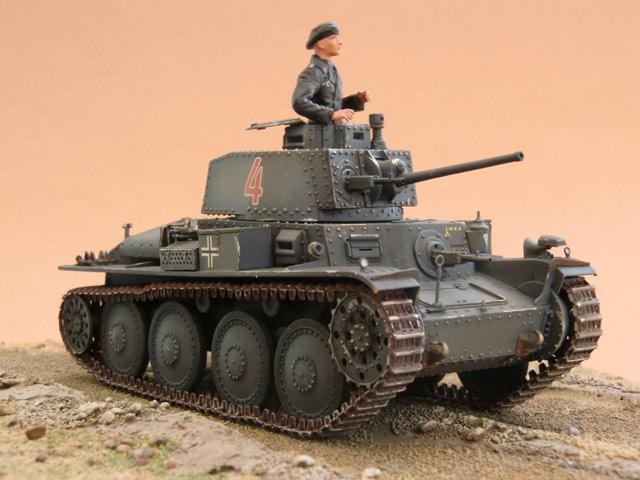 Le Panzer 38(t) en maquettes 8037-310