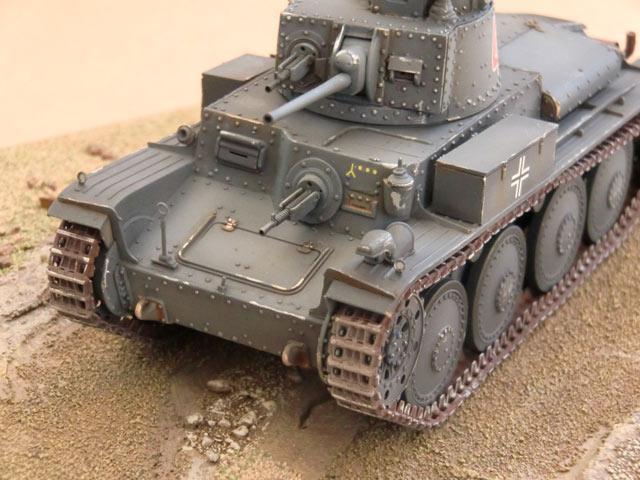 Le Panzer 38(t) en maquettes 8037-311
