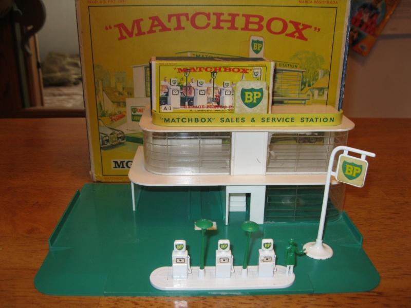 garage BP matchbox mg-1 00210
