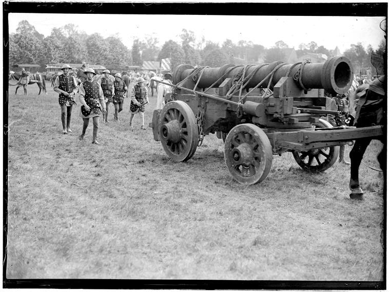 reconstitution de 1905 Canon110