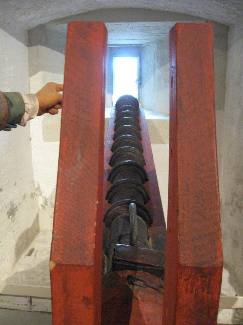 Veuglaire / couleuvrine à culasse du musée de Morges en Suisse (XVe) Img_3227