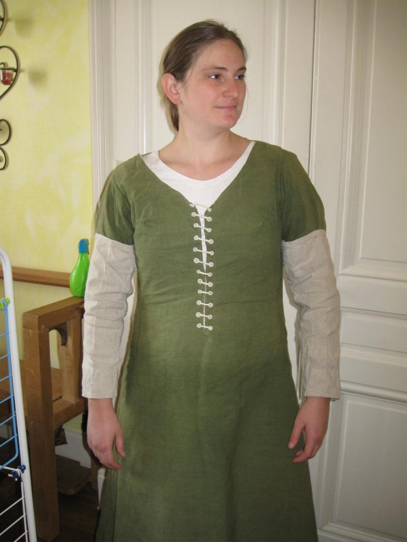 Robe standard 15ième en lin Img_9015
