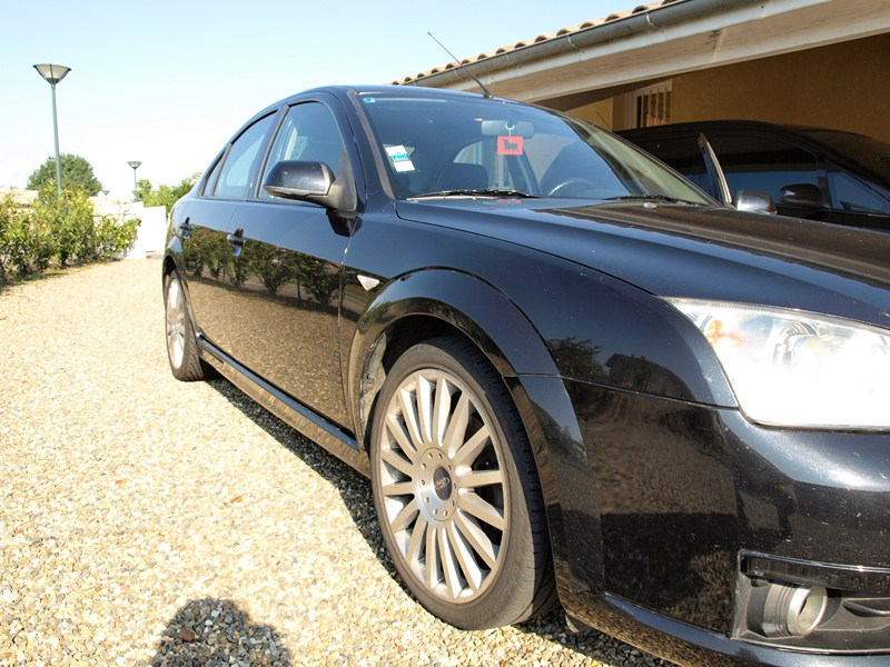 Ma ford MONDEO ST 220 P9250115