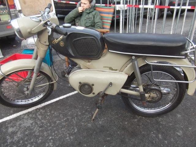 Moto Retro Wieze (12 & 13 februari 2011) Dscf0510