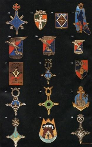 Les insignes des sites militaires au Sahara Milita11