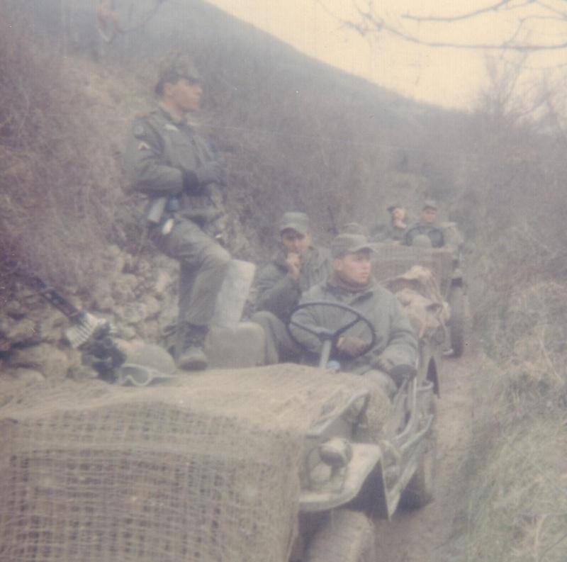L'escadron et la section d'Eclairage et Reconnaissance du 1er RCP Cm_che10
