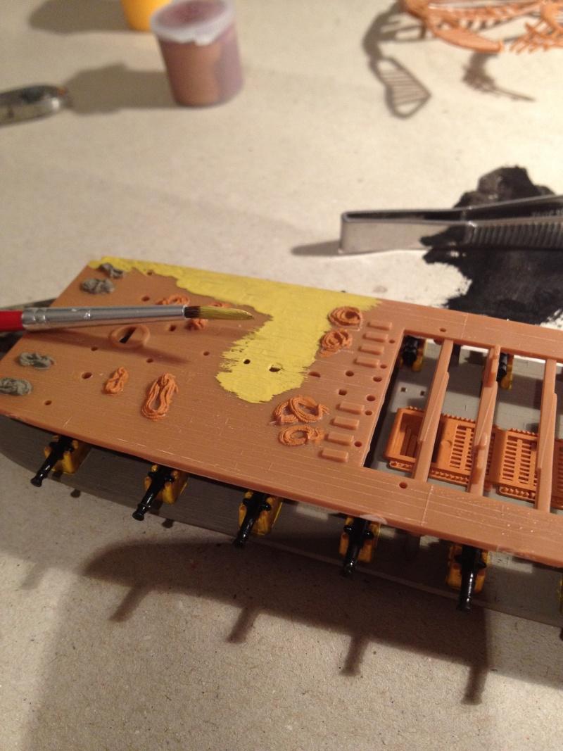 Le H.M.S Victory 1:225 kit plastic de Revell  Img_0113