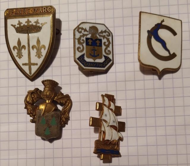 [ Logos - Tapes - Insignes ] ÉCUSSONS ET INSIGNES - TOME 2 - Page 31 Image332