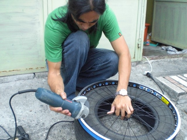 How to grind a rim Cimg0127