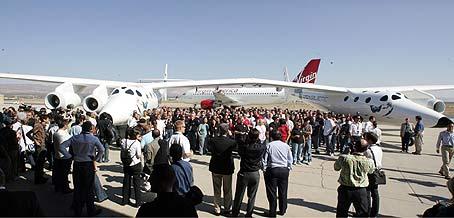 White knight two, nave nodriza para viajes turisticos al espacio Virgin12