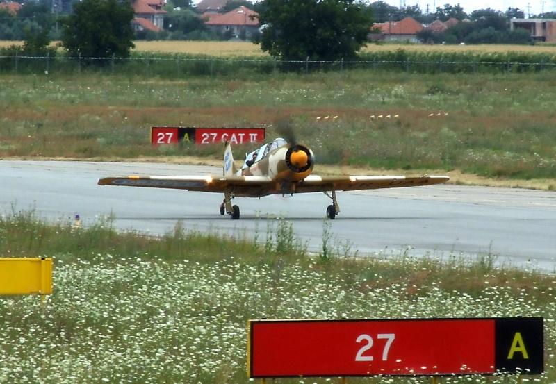 Yak-52TW Dscf9410
