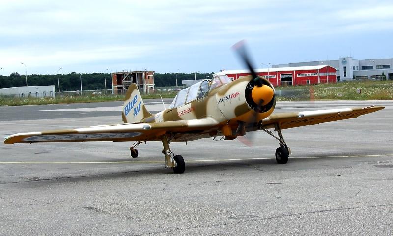 Yak-52TW Dscf9522