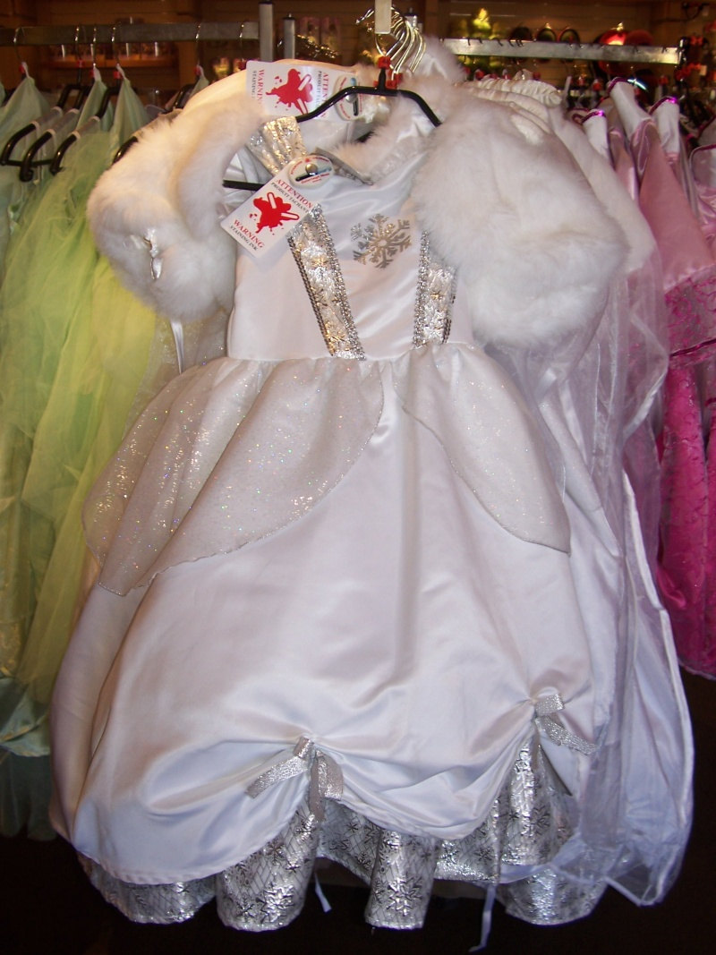 Photo de la robe blanche de Cendrillon ... ?????????? Cendri10