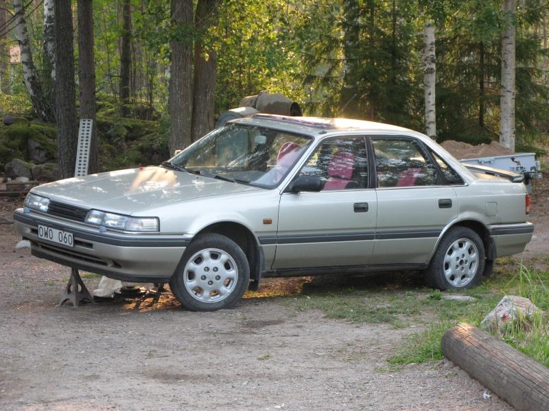 Golden Boy - Mazda 626 2.0 Slaktbil som ska köras sönder Img_8210