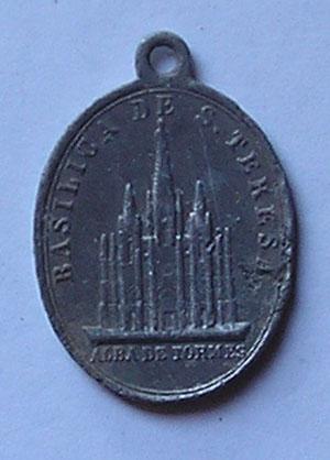 medalla basílica de Sta Teresa de Jesus-Alba de Tormes 110