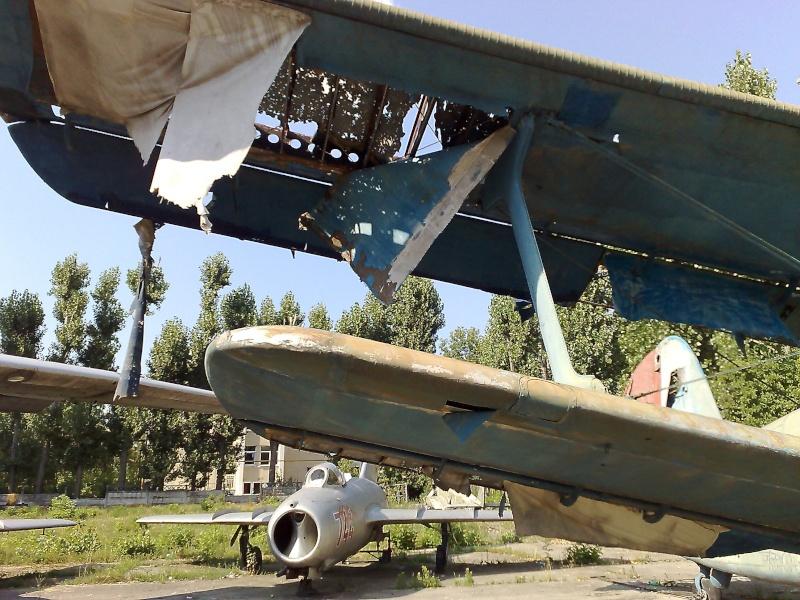 "Avioanele din Colegiul Tehnic de Aeronautica ""Henri Coanda"" 23062012"