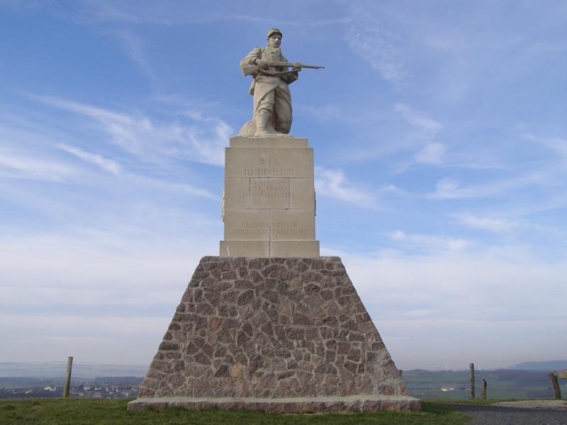Monument 11° DI_le Léomont_54_ P2170011