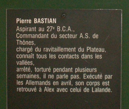 Monument des GLIERES Pict0412