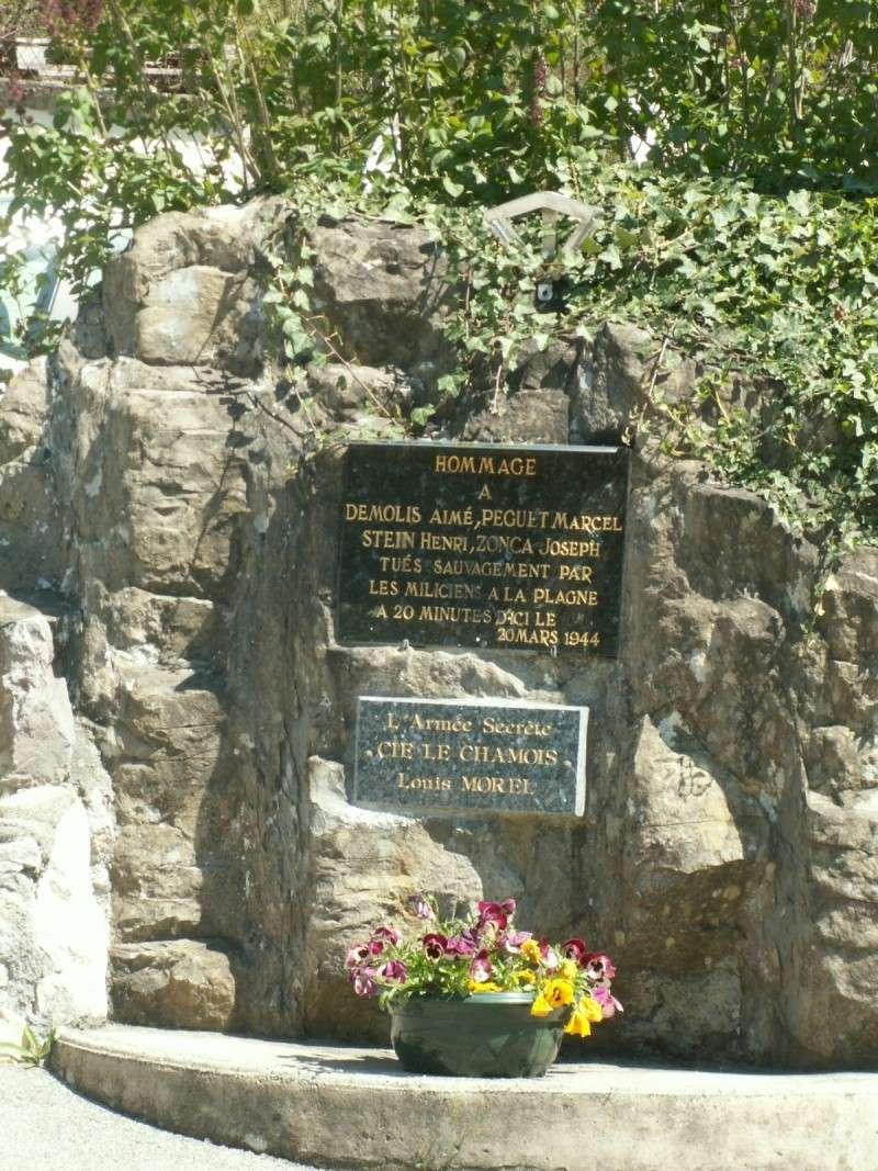 Monument des GLIERES Pict0516