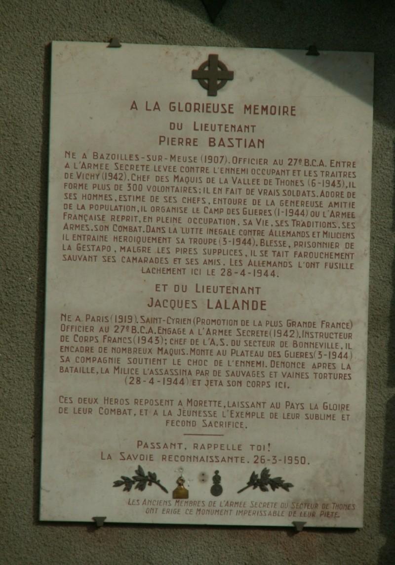 Monument des GLIERES Pict0618