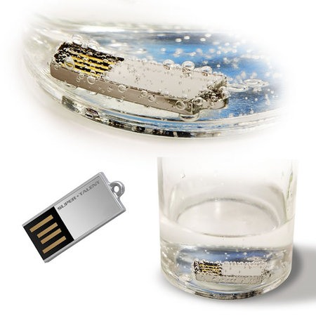 Disco USB más pequeño del mundo Sumerg10