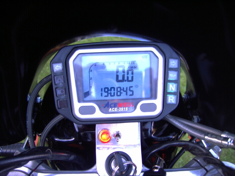 transformation Z1000 en café racer - Page 3 Pict4710