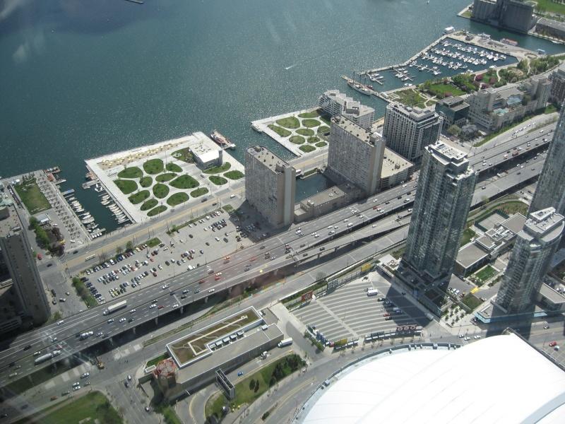 Toronto / City Centre Airport - (TCCA) - (YTZ / CYTZ) Img_3115