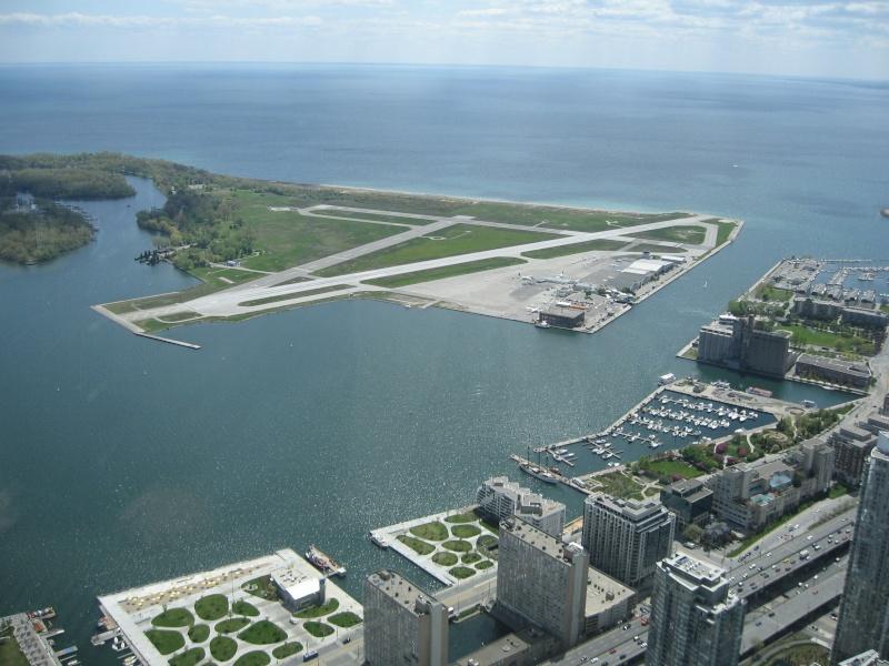Toronto / City Centre Airport - (TCCA) - (YTZ / CYTZ) Img_3118
