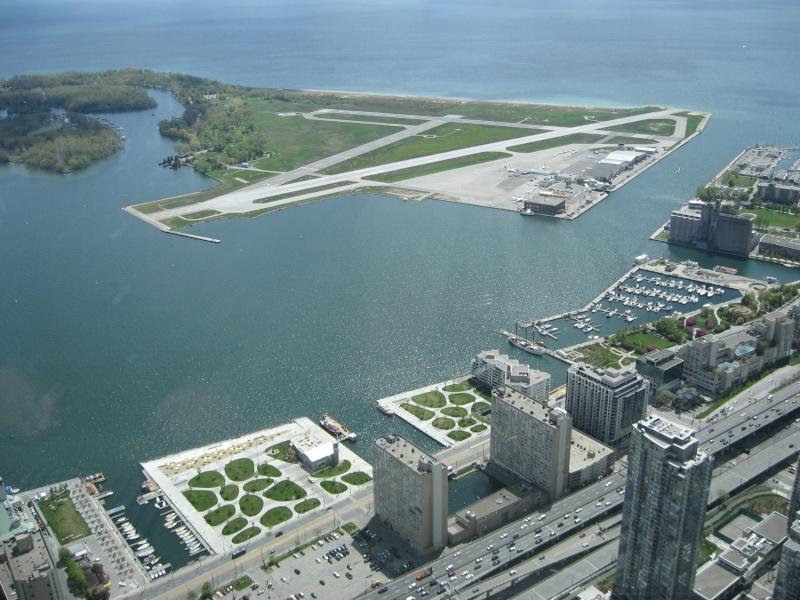Toronto / City Centre Airport - (TCCA) - (YTZ / CYTZ) Img_3119