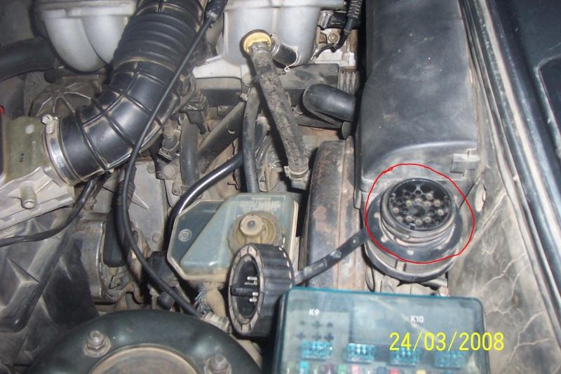 [BMW 316 i E30] Remise à zéro des indicateurs de maintenance Prise_10