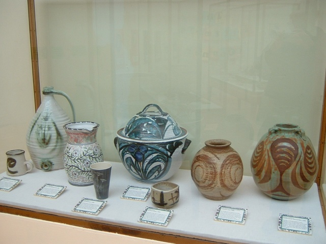 Aldermaston Pottery 00116