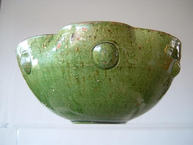 Farnham Pottery (Surrey) - Page 2 00916
