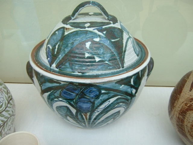 Aldermaston Pottery 01111