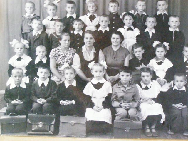 Прогресс - Детский сад завода Прогресс P3231239