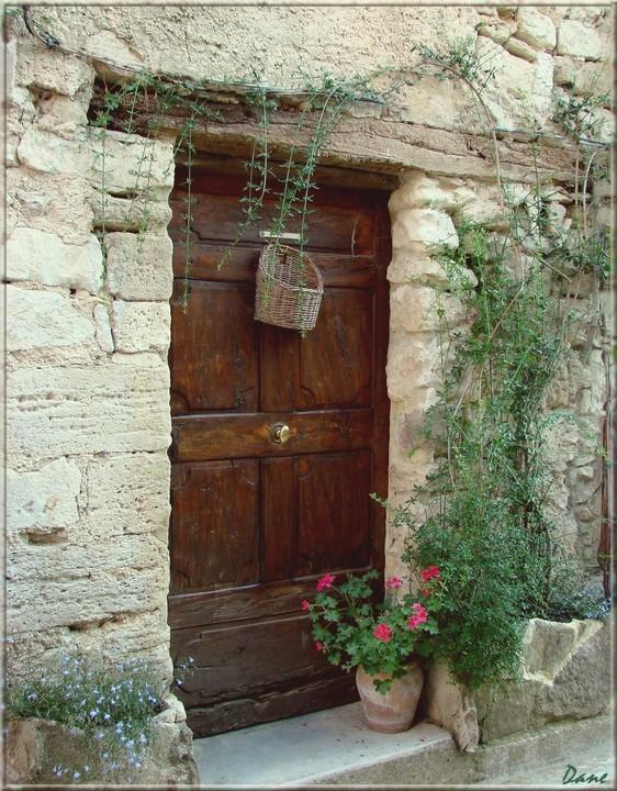 portes et fontaines en Lubéron 1_port17