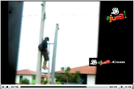 Joven se suicida en lo alto de un poste telefonico 115