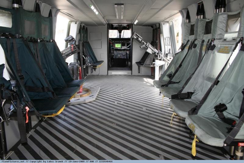 Hélicoptères de Transport Tactique/lourd - Page 3 12326410