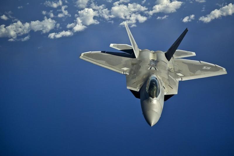 F-22 Raptor - Page 16 41859_10