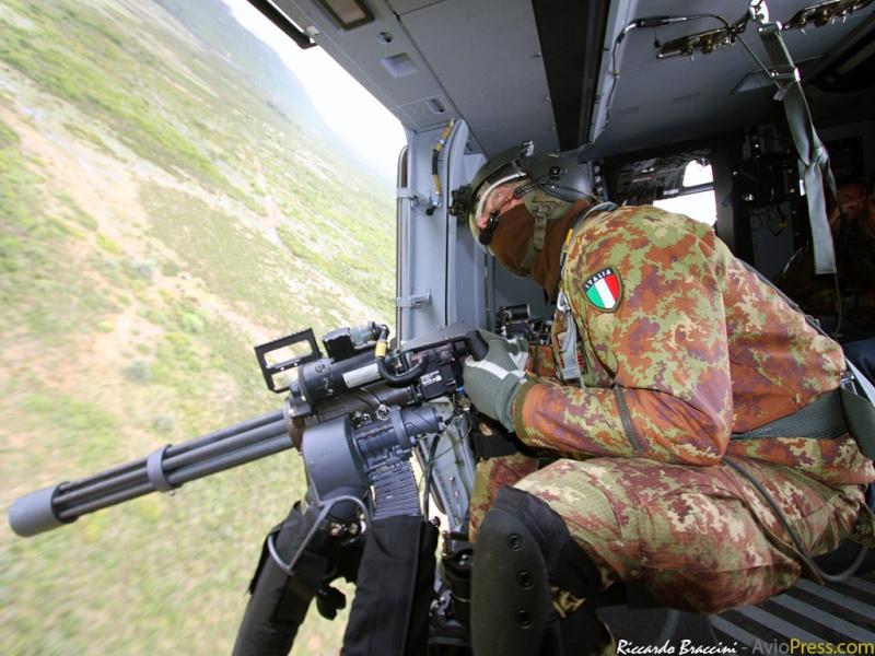Hélicoptères de Transport Tactique/lourd - Page 3 51627510