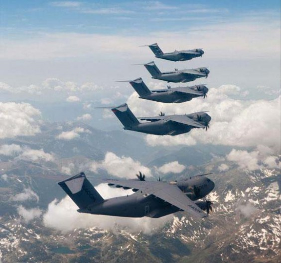 Airbus A400M - Page 8 A400m-10