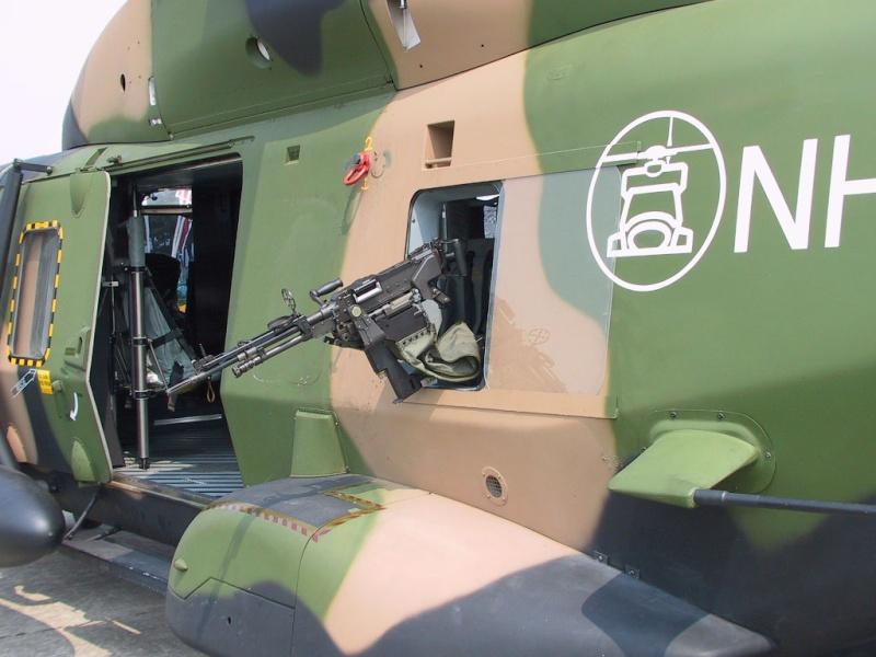 Hélicoptères de Transport Tactique/lourd - Page 3 Bh338h10