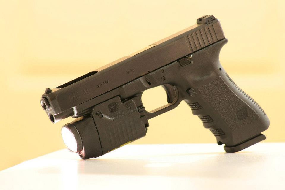 Armes de Poing/ Pistolets/ Armes de Défense Glock_10