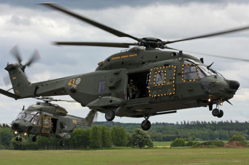 Hélicoptères de Transport Tactique/lourd - Page 3 Mlm12112