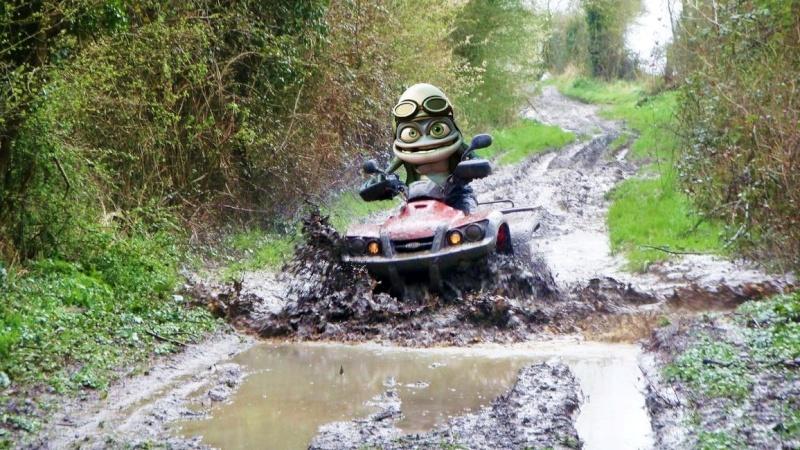 j'ai prêté mon quad a Crazy Frog Crazy_10