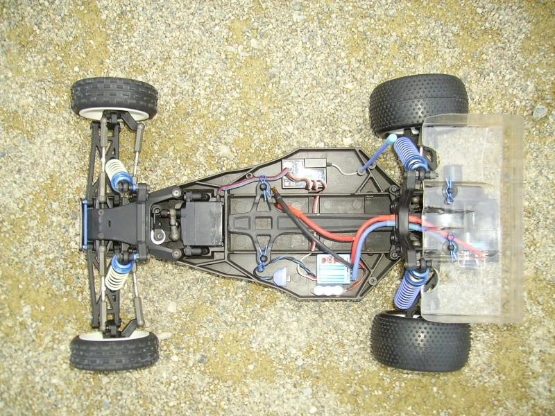 Le Wiky Kyosh Garage !!! Imgp0012