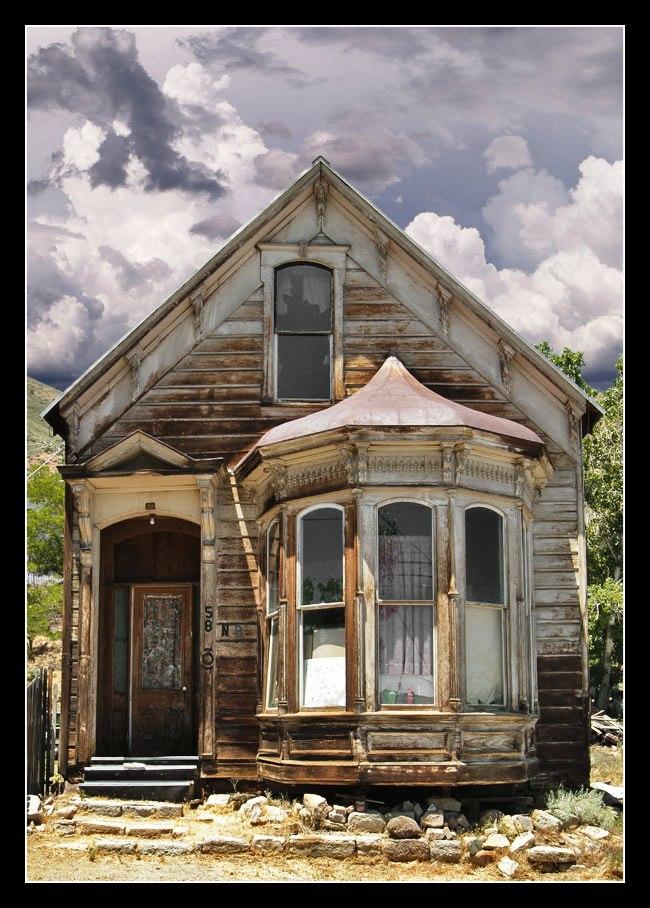 Zapuščena hiša Old-ho10