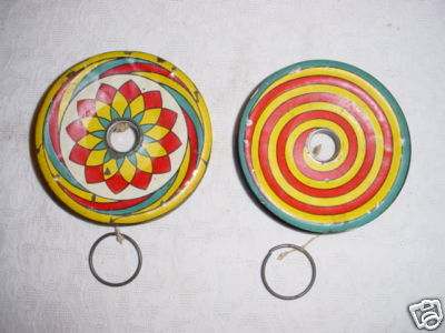 [CONCLUSA VINTA]  asta 310066158164 Vintage Tin Litho Toy Yo Yo Pair Colorful! 1a29_110