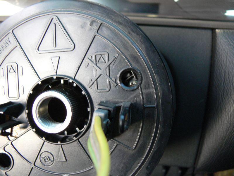 [TUTO] Dépose du volant et air bag (W210) 614
