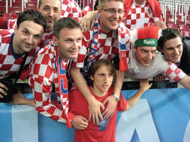 EURO 2008. - Page 2 Modri213